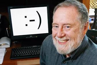 表情符号的缔造者美国卡耐基·梅隆大学的斯科特·法尔曼教授